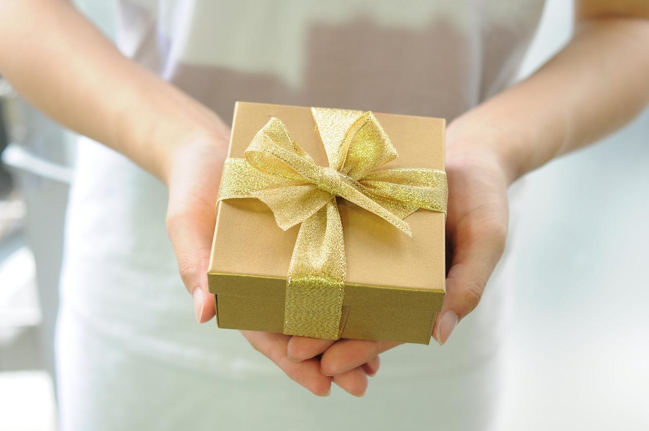 記念品・贈り物に選ばれる